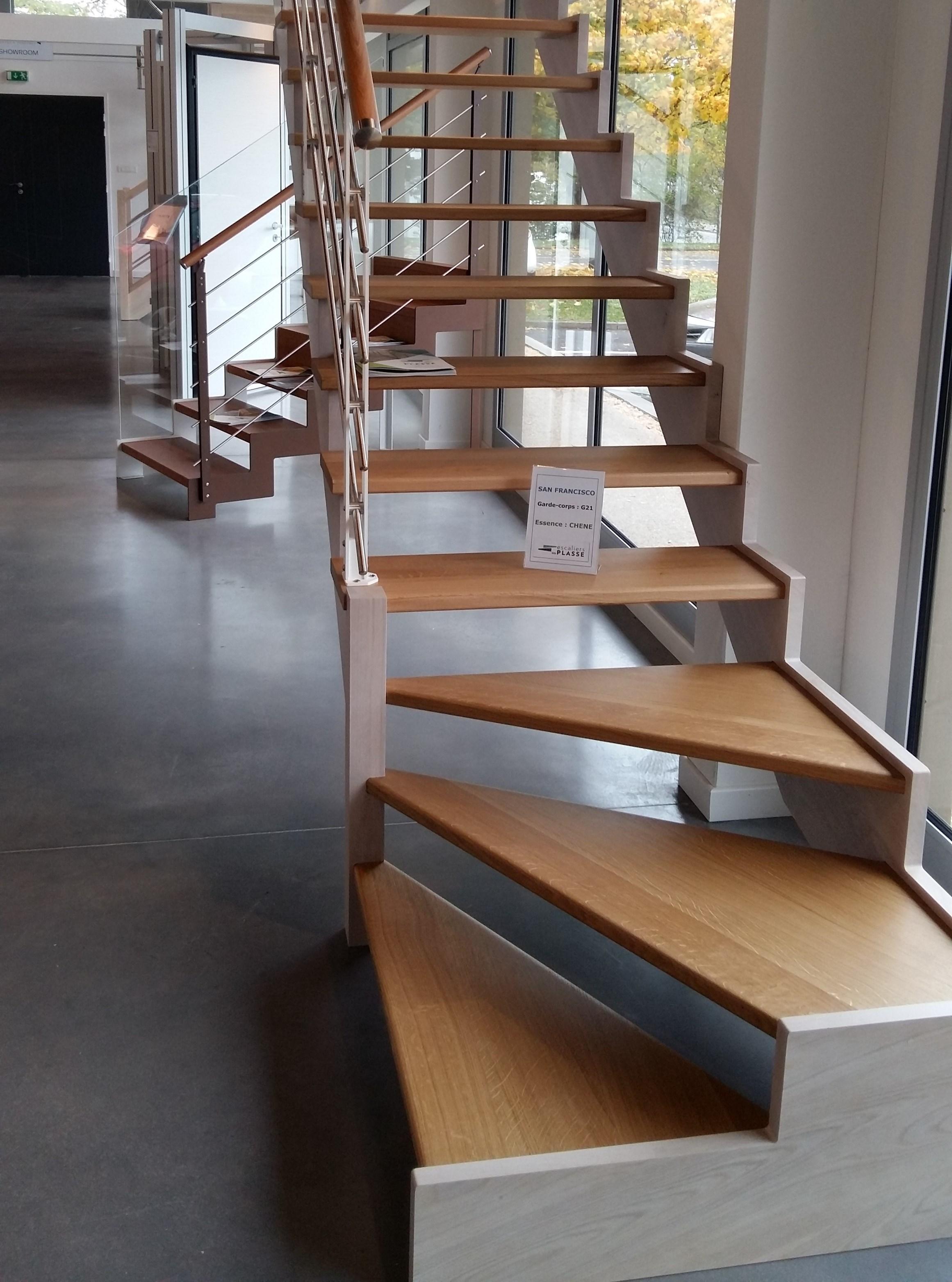 D couvrez notre showroom escaliers plasse - Escalier plasse prix ...